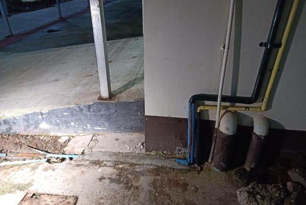北奥加拉巴医院的医用氧气管道被毁