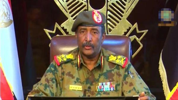 苏丹最新:军方扣押过渡政府总理,还宣布一个决定!
